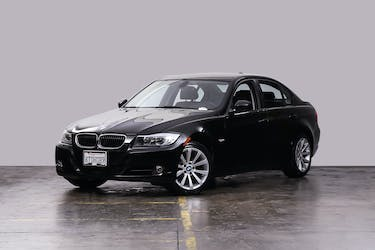 Buy a used 2010 BMW 328i | Shift